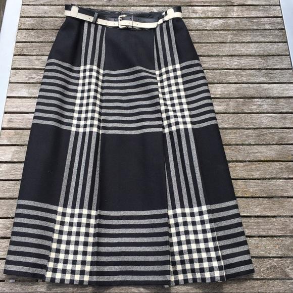 Vintage Plaid Wool Pleated Aline Skirt Black Cream